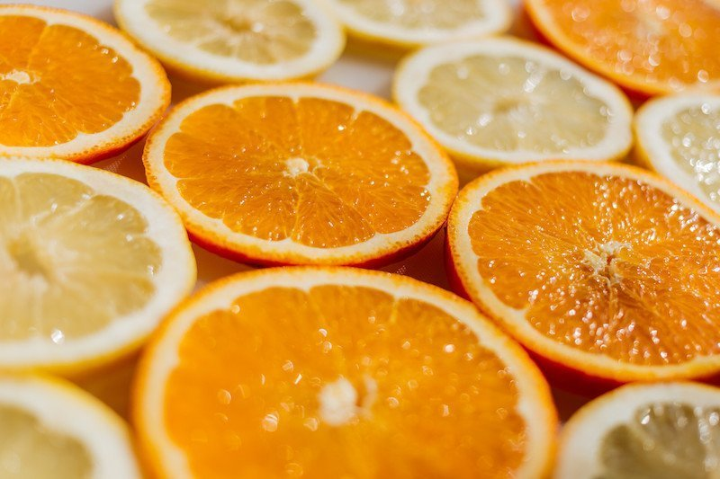 Make your home smell like spring with fresh citrus aromas